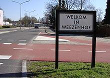 Bord Welkom in Weezenhof.JPG