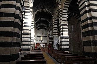 Borutta - Image: Borutta Chiesa di San Pietro di Sorres (13)