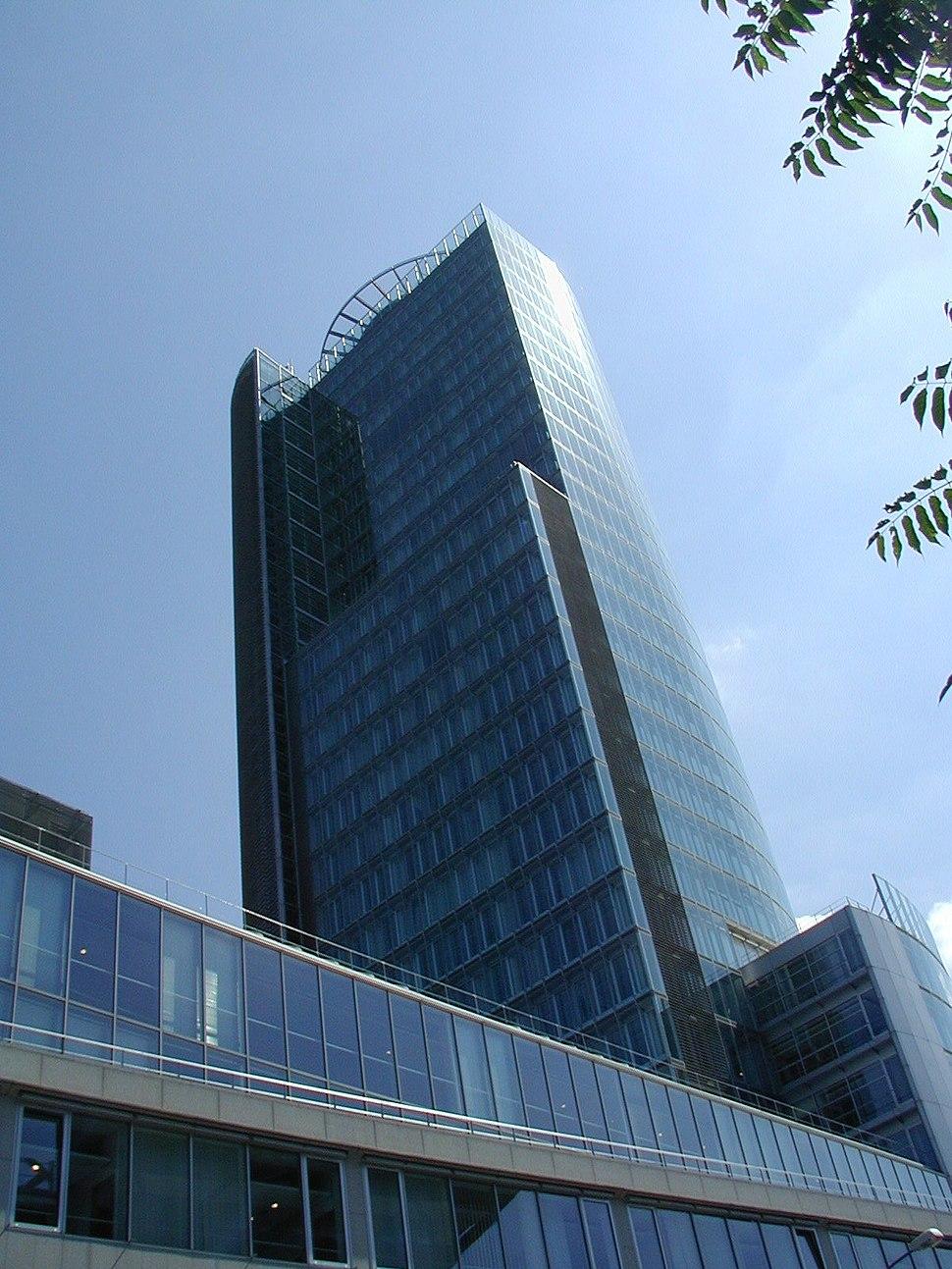 Bratislava Central Bank3