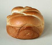 البريوش - الخبز الفرنسي الحلو-طريقة عمل البريوش (الخبز الفرنسي الحلو ) 180px-Brioche.jpg