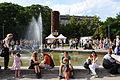 Brno-Manifestace-na-podporu-uprchlíků--protidemonstrace-proti-náckům-Moravák-červen2015c.jpg