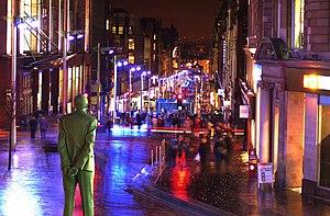 Buchanan Street - Image: Buchanan Street Dewarstatue