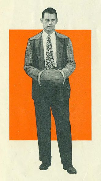 """Omar Browning - Omar """"Bud"""" Browning with the Phillips 66ers"""