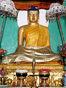 গৌতম বুদ্ধের জীবনী 220px-Buddha_Bodhgaya
