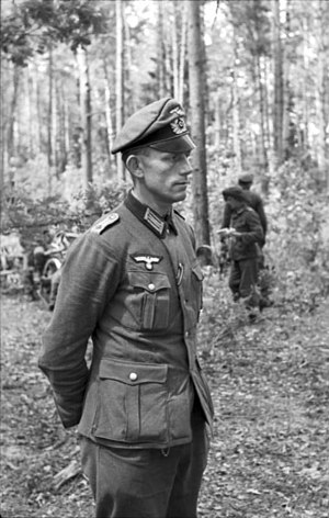Oberleutnant on the Eastern Front wears a Schirmmütze without the wire stiffener. This gave it a resemblance to the old style &quotcrusher&quot cap. - World War II German uniform