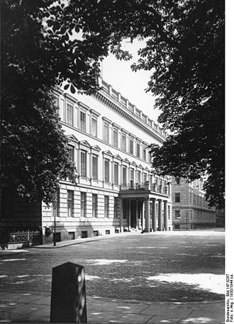 Johann Philipp Graumann - In the 18th century half of the Palais am Festungsgraben  was occupied by J.P. Graumann; Prussian Ministry of Finance in the 1930's.