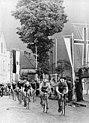 Bundesarchiv Bild 183-82750-0046, Friedensfahrt, Fahrerfeld, Zuschauer.jpg
