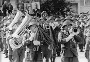 Bundesarchiv Bild 183-N1007-0314, Berlin, 25. Jahrestag DDR-Gründung, Parade