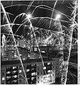 Bundesarchiv Bild 183-Z1228-001, Schwerin, Neujahr, Feuerwerk.jpg