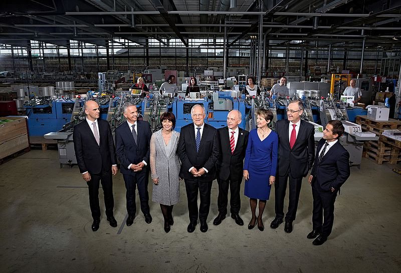 Bundesrat der Schweiz 2016.jpg