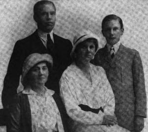 Burt Aull - Burt Aull (top left) pictured with his family circa 1920