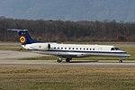 CE 01 Embraer ERJ 135LR E135 - BAF (24886877766).jpg