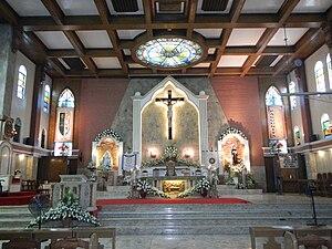 Diocese of Cabanatuan - Image: Cabanatuan Cathedral sanctuary