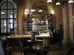 Cafe Central Wenen.jpg
