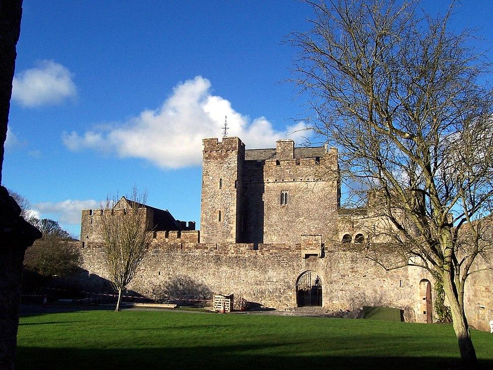 Cahir Castle 1