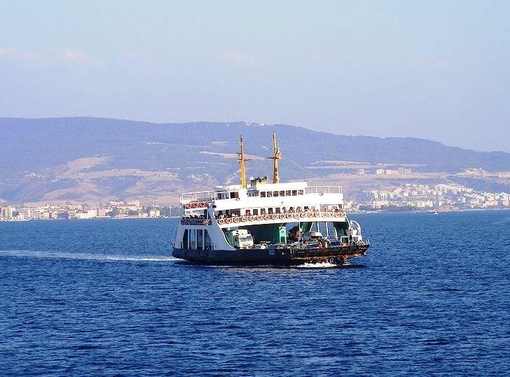 Canakkale ferry