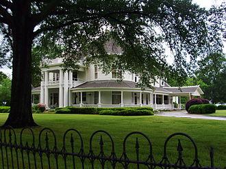 Arkadelphia, Arkansas - Captain Henderson House