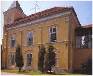 Bajnski Dvori Castle - Image: Capturer chateau bajnski 2