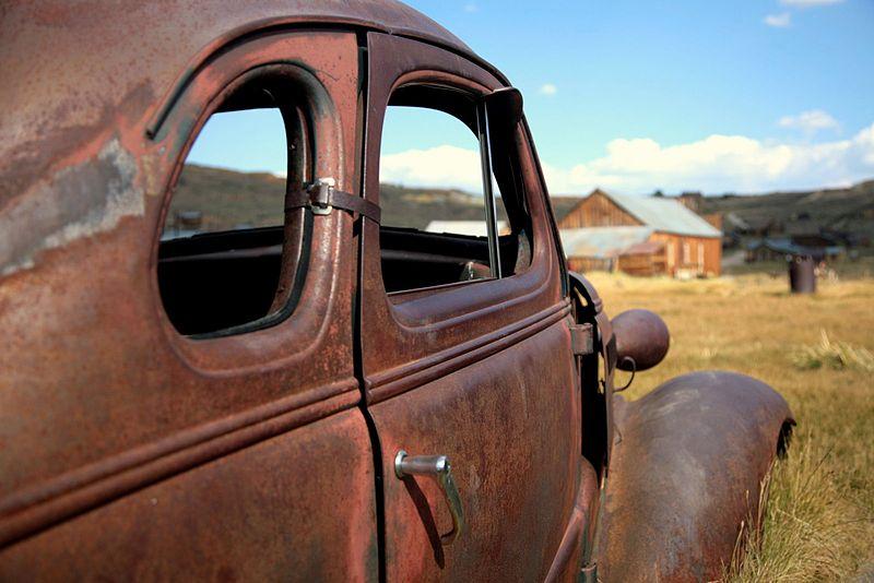 File:Car body in Bodie, CA.jpg