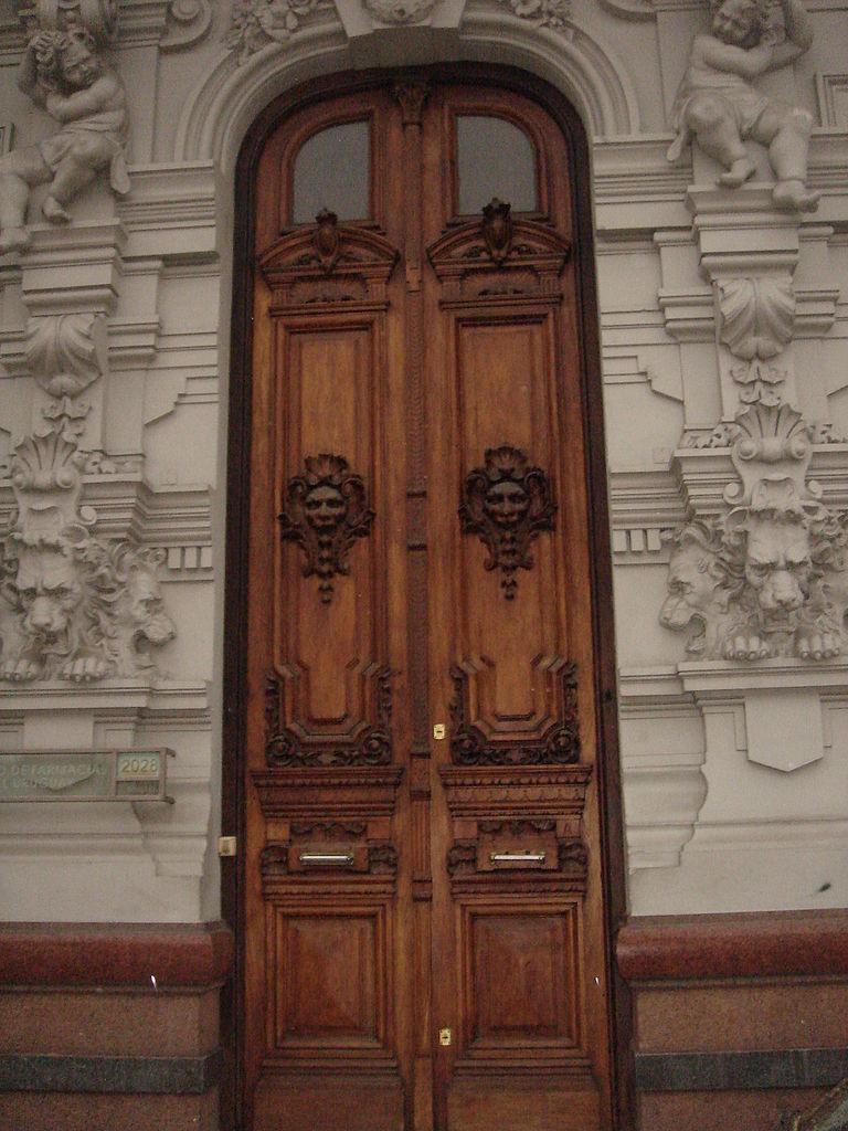 File casa fauno detalles de la puerta jpg wikimedia commons - Detalles para la casa ...