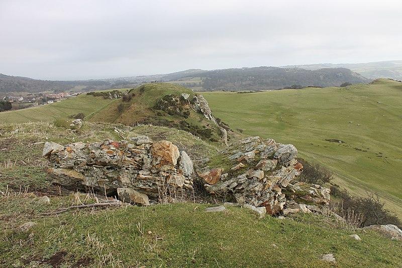 File:Castell Degannwy Deganwy Castle Sir Ddinbych Wales 65.JPG