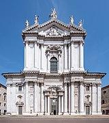 Cattedrale di Santa Maria Assunta Duomo nuovo facciata Brescia.jpg