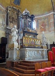 Santa Maria e San Donato - Wikipedia