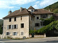 Chateau-de-Rossillon-2.jpg