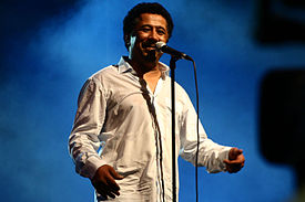 Cheb Khaled performed in Oran on July 5th 2011.jpg