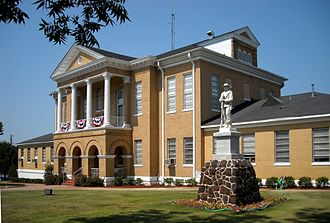 Choctaw County, Alabama - Image: Choctaw County Alabama Courthouse