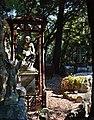 Cimitero di monumentale Staglieno-Tomba di bambino.jpg