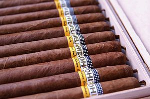 English: Cohiba Lanceros Deutsch: Cohiba Lanceros