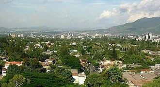 Water supply and sanitation in El Salvador - Colonia Escalón in San Salvador