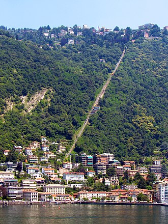 Como–Brunate funicular - The route of the funcicular seen from Lake Como