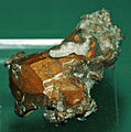 Copper crystal (Mesoproterozoic, 1.05-1.06 Ga; Quincy Mine, Hancock, Upper Peninsula of Michigan, USA) 3 (17282174006).jpg