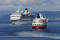 Costa Pacifica og Nordkapp (7723878944).jpg