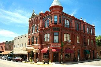 Van Buren Historic District - Image: Crawford County Bank