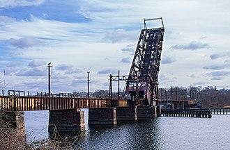 Crook Point Bascule Bridge - The abandoned bridge in 2017