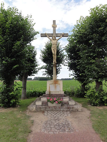 Cugny (Aisne) croix de chemin mémorial accident aviation