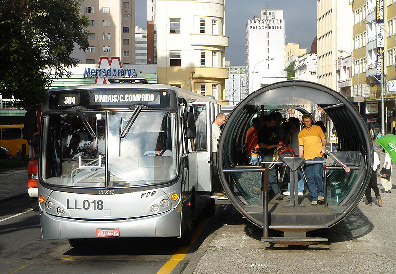 Meios de transporte público em Curitiba