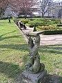 Düsseldorf, Spee'scher Park, Barocke Sonnenuhr 1, 2012.jpg
