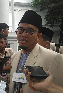 Dahnil Anzar at Presidential Palace.jpg