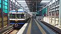 Dentetsu Izumoshi Station platform 2014.jpg
