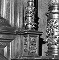 Detail rechterzuil schepenstoel - Kampen - 20121965 - RCE.jpg