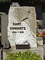 Doeblinger Friedhof Kurt Sowinetz.jpg