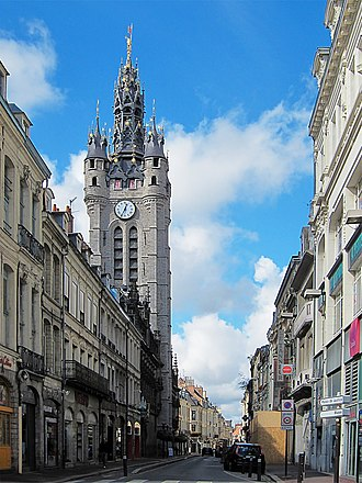 Nord (French department) - Image: Douai rue de la mairie