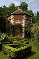 Dovecote at Hellens Manor - geograph.org.uk - 471548.jpg