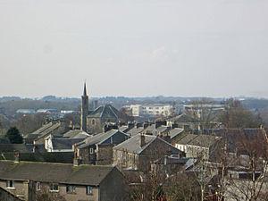 Dreghorn - Dreghorn Main Street, from the war memorial