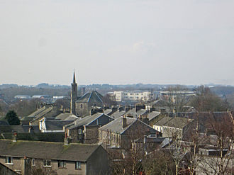 Dreghorn - Dreghorn Main Street, from the war memorial