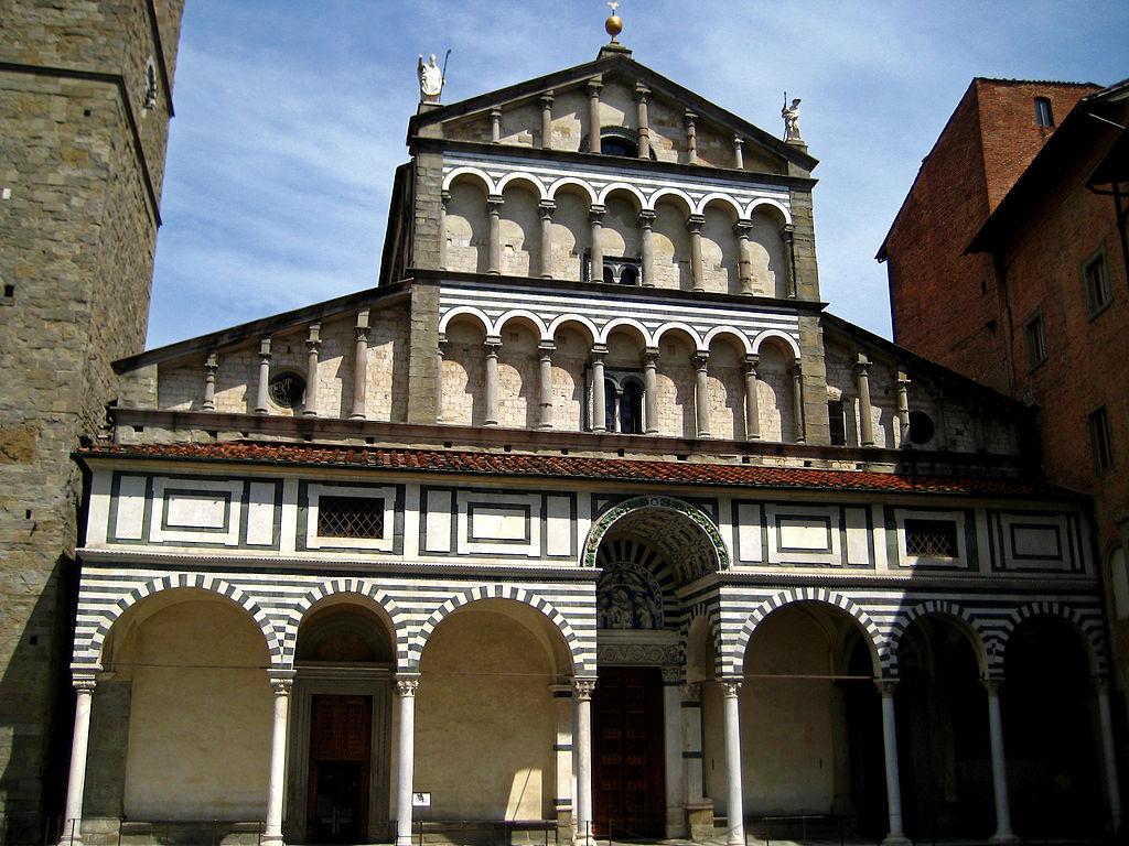 File:Duomo di Pistoia.jpg - Wikimedia Commons